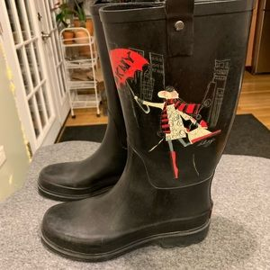 DKNY rain boots in good condition